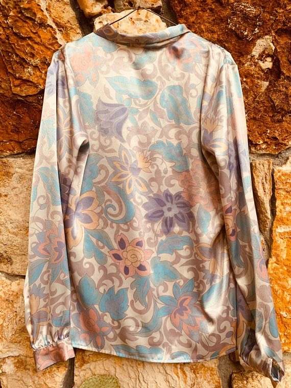 Pastel Paisley Pearlescent Blouse - image 2