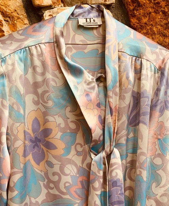 Pastel Paisley Pearlescent Blouse - image 4