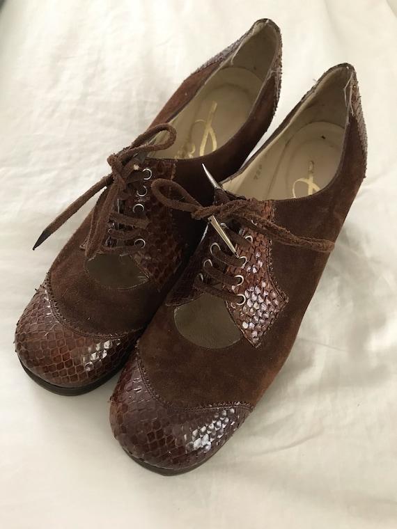 Vintage 1960s Brown Suede Platform Shoes / Vintage