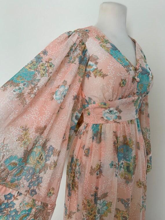 Vintage 1970s Angel Wing Dress / Vintage 70s Flora