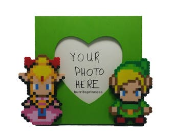 Link and Zelda Picture Frame - Couples Picture Frame - Nerdy Wedding Gift - Nerdy Gift - Video Game Wedding - Pixel Wedding