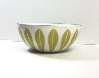 Cathrineholm Norway Mustard & White Vintage Enamel Metal Lotus Bowl, 8 inch Bowl, Mid-century Modern