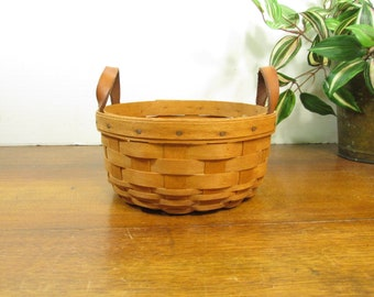 Round Longaberger Basket with Leather Handles 1993