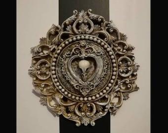 Mini Wall Art - Bird Filigree Circle Frame