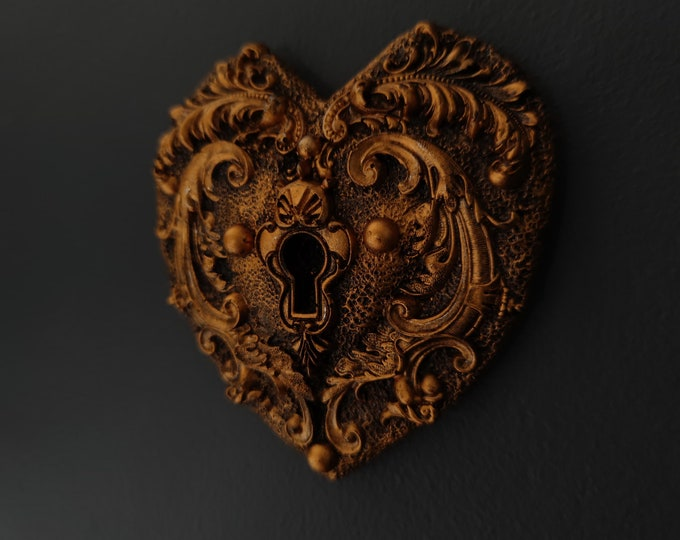 READY MADE - Ancient Chambers - Large Heart Lock