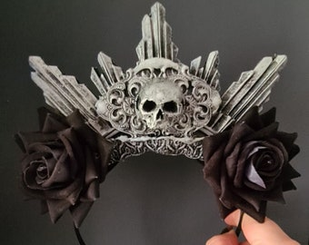 Glow In The Dark - Catacomb Crypt Halo With Black Roses