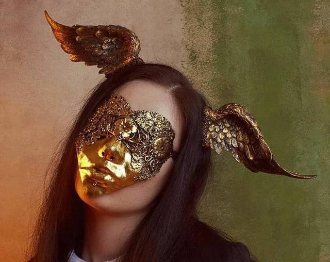 Blind Heart Shaped Mask