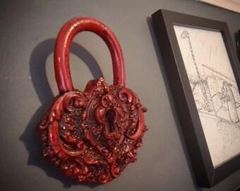 Halloween - Ornamental Lock In Blood Red