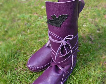 2a38bf2c73f Hand Stitched Purple Leather Moccasins Moccasin Boots Womens   Etsy