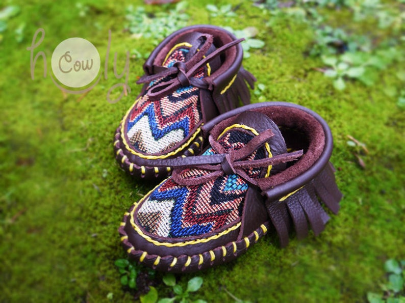 b89aaa7a370 Hand Stitched Brown Leather Baby Moccasins, Baby Moccasins, Brown Toddler  Moccasins, Brown Infant Moccasins, New Mom Gift, Baby Shower Gift