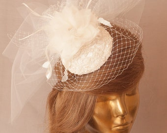 Bridal Ivory FASCINATOR with Birdcage Veil and Lace and Flowers. Wedding Mini  Hat with Veil