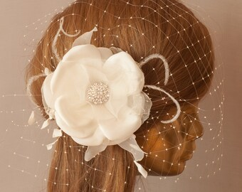 Delicate Ivory Flower with stylish Zircon Brooch adorned with Birdcage Veil, Bridal FASCINATOR