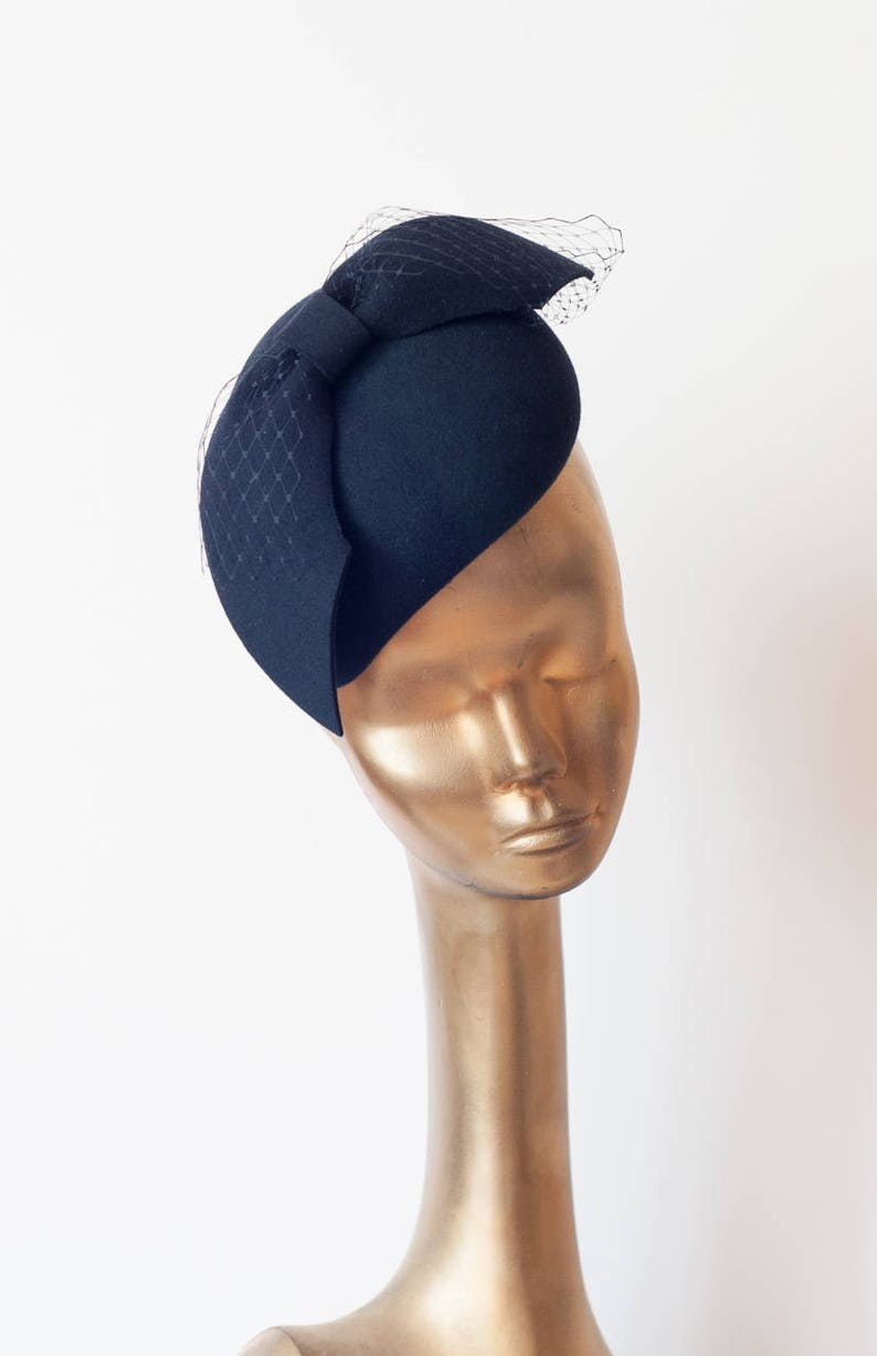 cd012ce864c43 Navy Blue Felt FASCINATOR with Veil. Unique Pillbox Hat for