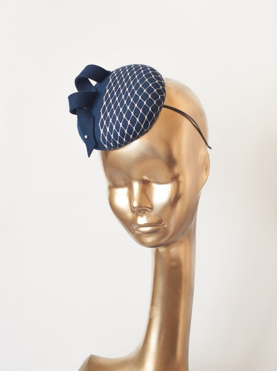 ab8364473a335 Navy Blue Felt FASCINATOR with Silver Veil. Fascinator for