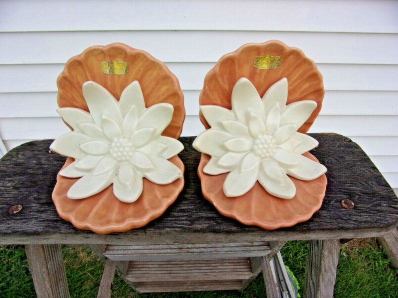 Royal Haeger Pink /& White Water Lily Bookends