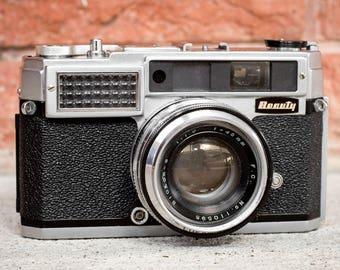 Beauty Lightomatic II Camera