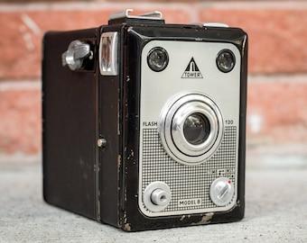 Vintage Tower Flash 120 Box Camera