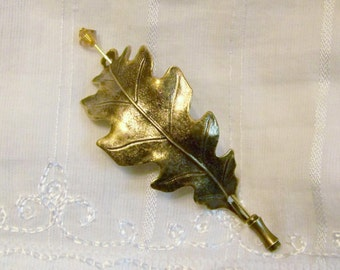 Shawl Pin, Oak Leaf Pin, Sweater Pin, Oak Leaf Shawl Pin, Leaf Pin, Stick Pin, Bronze Oak Leaf, Gold Oak Leaf, Oak Leaf,Topaz Pin