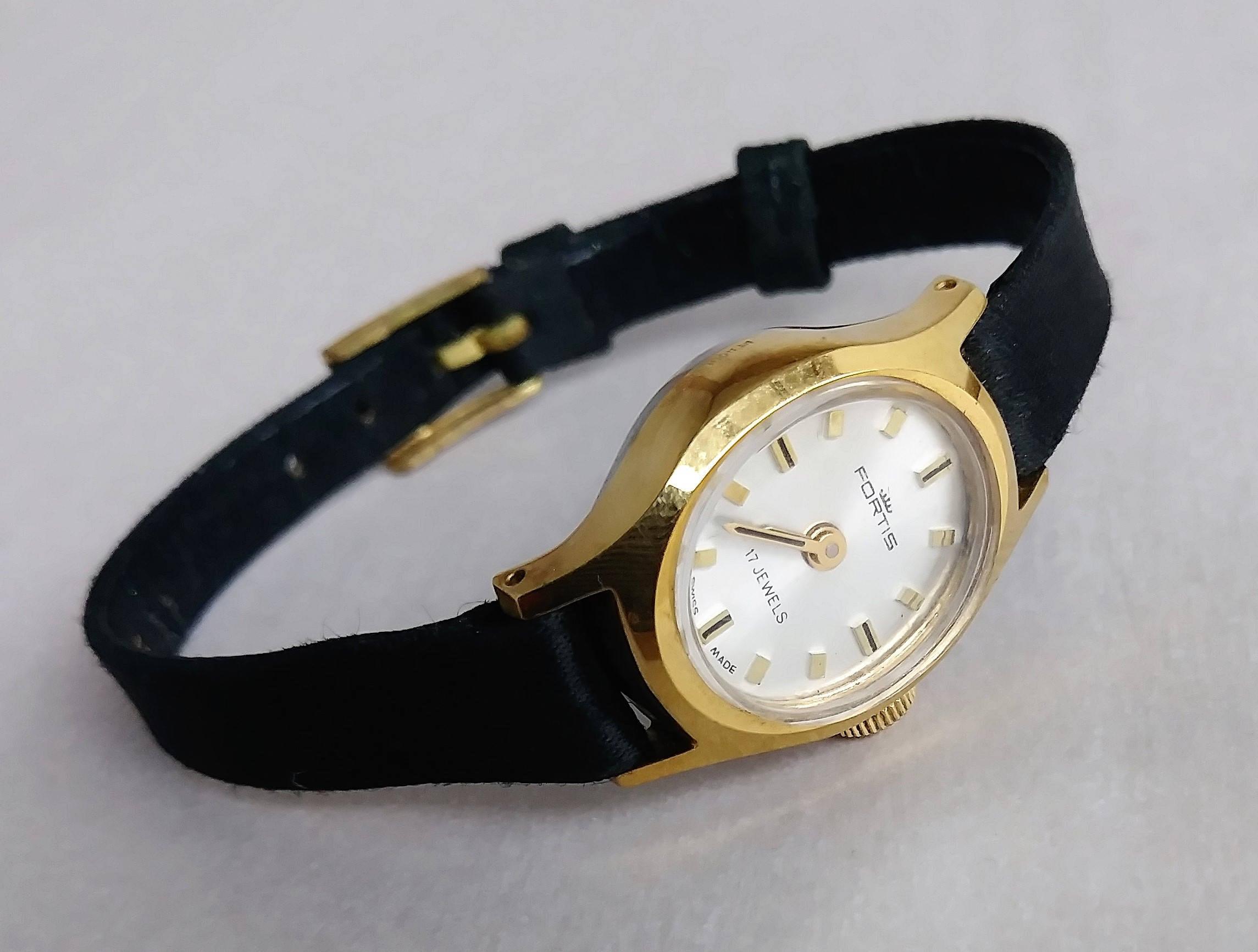 e55ac3e14330 Vintage reloj Fortis 17 joyas de mujeres suizo simple