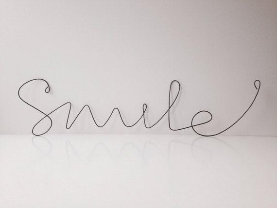 Draht-Smile-Schrift-Recycling-Heimtextilien