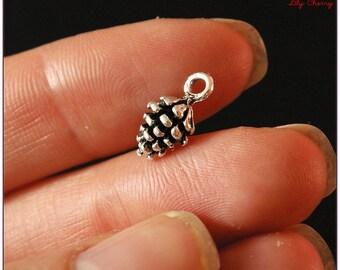 Small charm 1 x silver pine cone