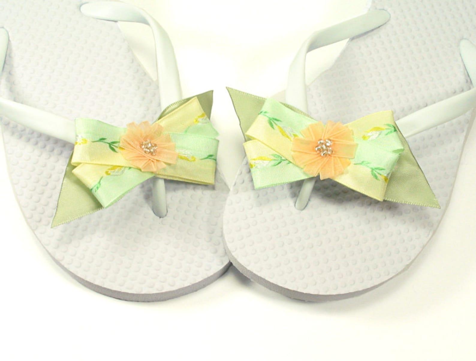 peach flower criss cross bow shoe clips, bridesmaid shoe clips, wedding shoe clips, for high heels, summer sandles and ballet fl