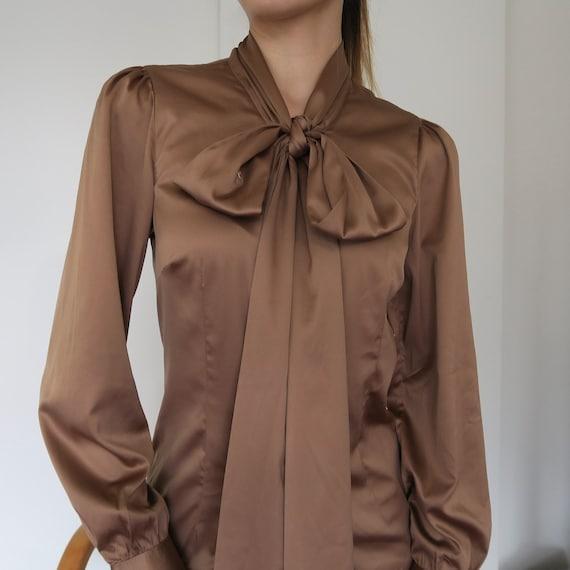 Chloe Pussy Bow Silk Blouse 100% Silk Color Antiqu