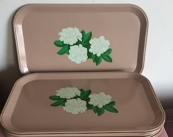 Retro Dusty Pink Trays with Flowers - Set of 4