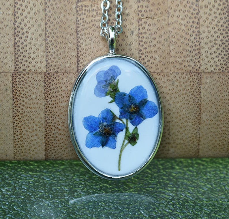 Dried Flower Gifts for Women Forget Me Not Necklace Pressed Flower Necklace Blue Gold-Plated 20