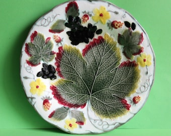 Antique Wedgwood Majolica Green grape Leaf and Strawberry Plate/Made in England