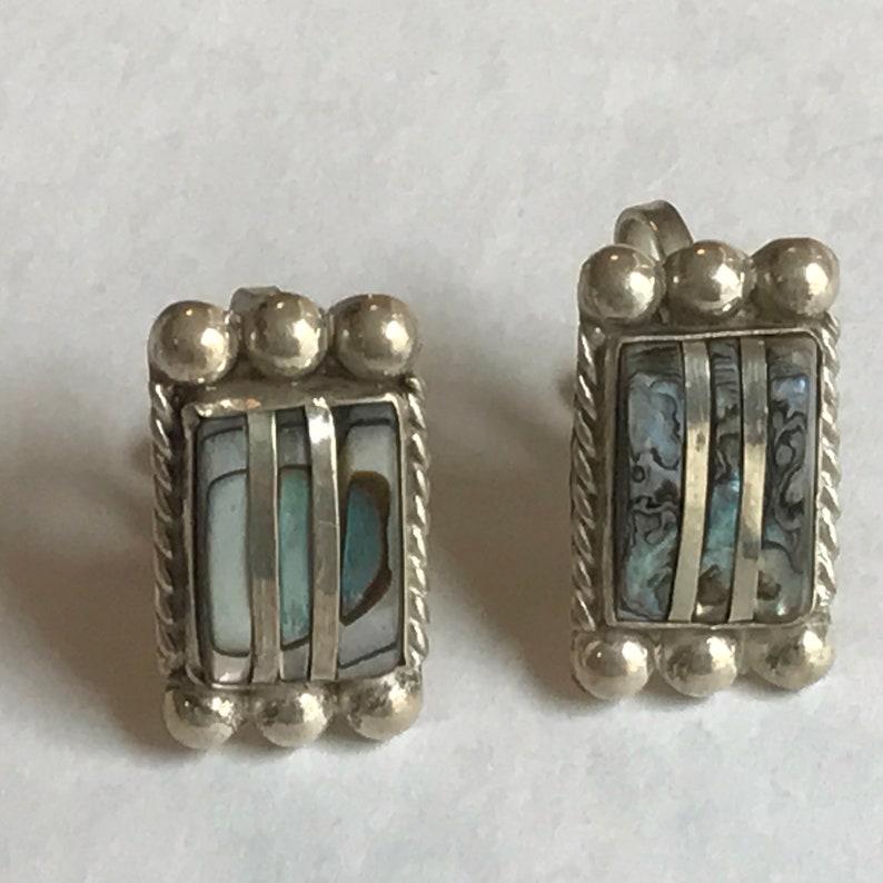 Vintage Inlaid Modernist Farfan Mexican Silver Screw back earrings