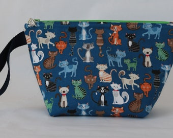 Small zipped wedge knitting crochet project bag craft storage cats