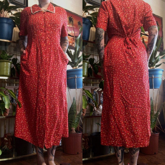 90s Does 40s Red Floral Print Dress