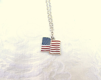 USA Flag Necklace / 2 Styles  /US Flag Necklace / men's jewelry / women's jewelry / United States Flag Necklace / souvenirs / Jewelry / flag