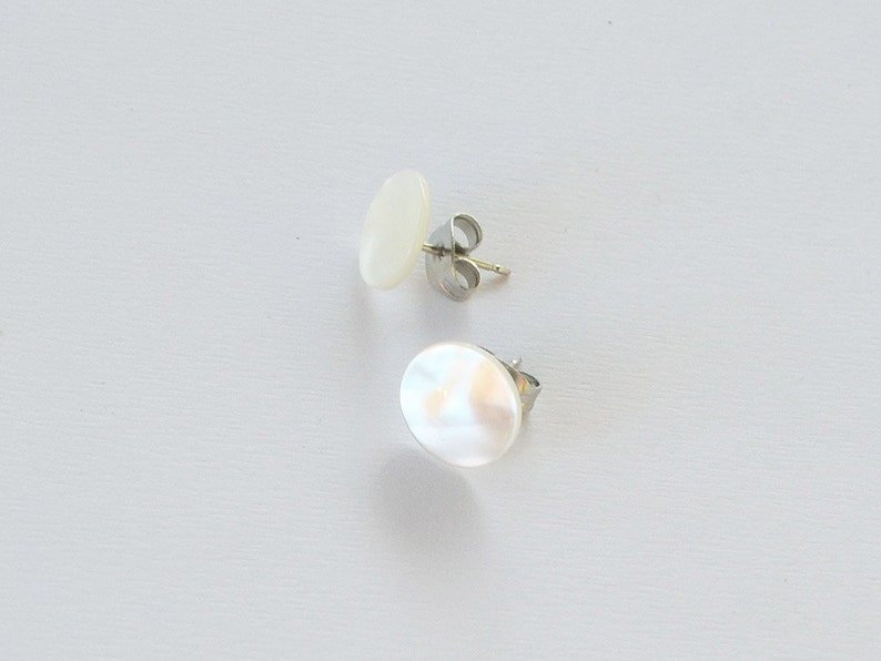 Mother's Studs / Mother of Pearl Jewelry image 0