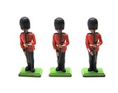 Vintage Britain Lead Toy, Queens Guard, Deetail, Britains Ltd., Made in England, Horses, 3 Figurines, Collectible, 1971