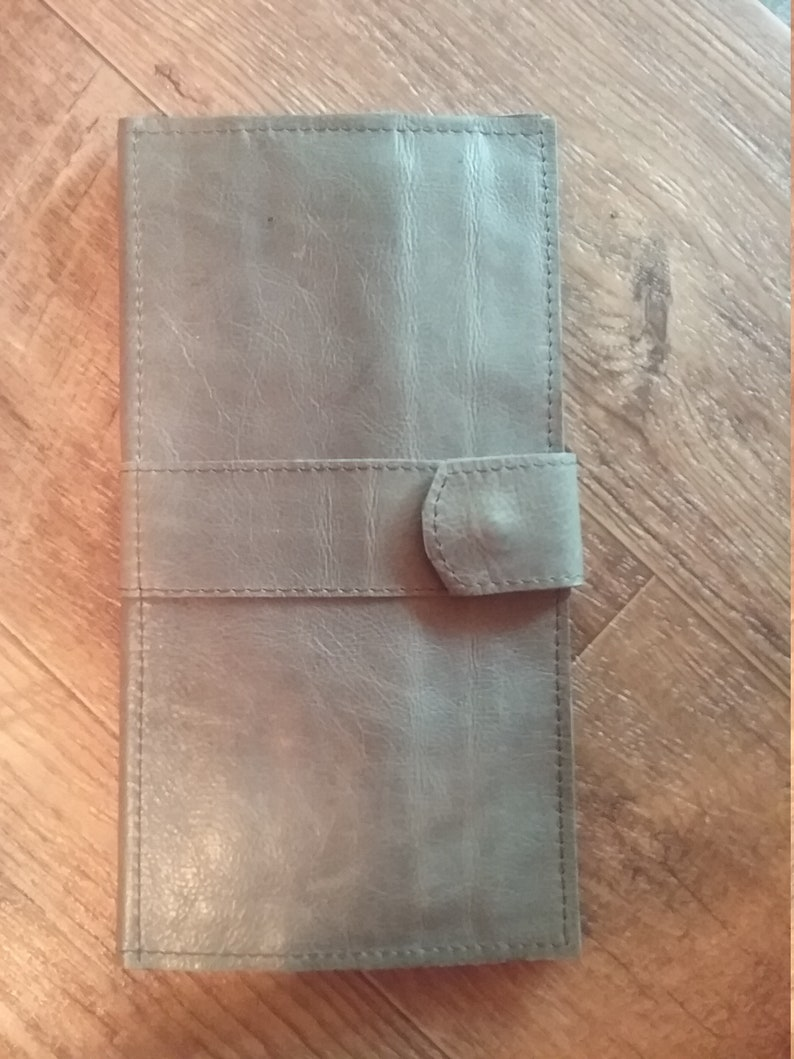 Tract holder distressed gray