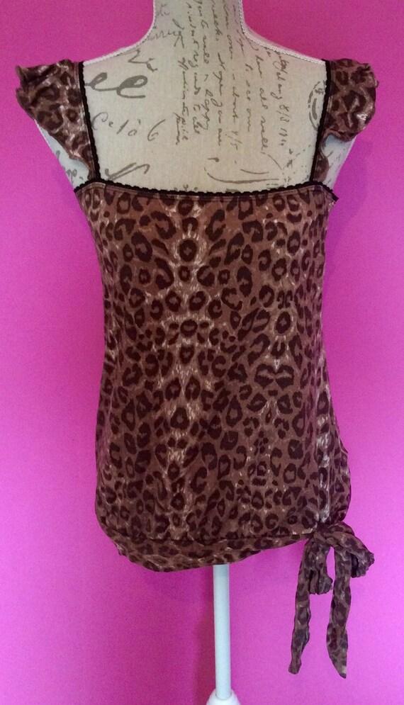 a7b745865c5c1 1980 s vintage leopard print vest   top