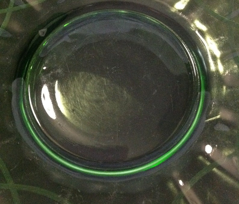 8 green depression glass plate luncheon salad etched pattern collectible farmhouse cottage style wedding serving dining