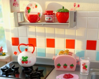 Strawberry World Toaster Teapot & Jam