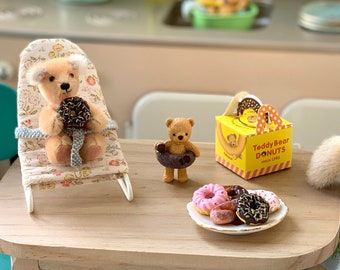 Teddy Bear Donuts Barbie & Blythe Doll Size 1:6 Scale Kitchen Diorama