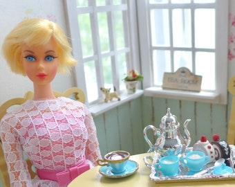 Barbie Vintage Style Tea Pot cream & sugar