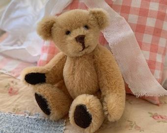 Stuffed Teddy Bear for Skipper, Barbie, Blythe