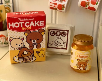 Rilakkuma Bear Hot Cakes, Eggs & Jar of Honey Barbie Size Pancakes