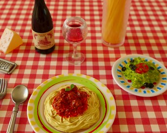 Barbie Spaghetti Dinner 6th Scale Red Wine Cheese Grater