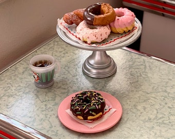 Diner Donuts & Coffee 6th Scale