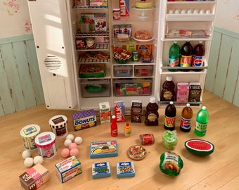1:6 Scale Barbie Size Groceries American Brands Kitchen Diorama