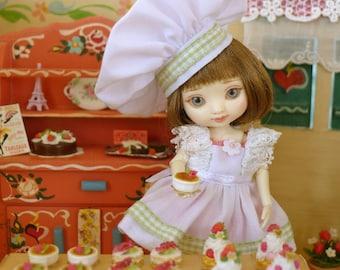 Amelia Thimble Greeting Cards