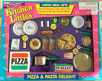 Kitchen Littles Pizza & Pasta Delight Barbie Size 6th Food