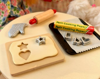 Barbie Baking Supplies Cookie Cutters, Rolling Pin, Cooking Paper 6th Scale